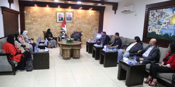 وفد التعليم الكويتي يصل فلسطين لمباشرة إجراءات ابتعاث معلمين فلسطينيين