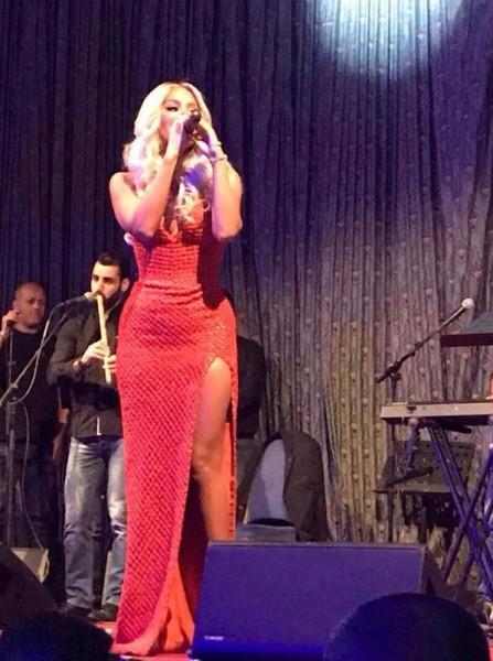 مايا دياب تهز المسرح بوصلة رقص على الطبلة