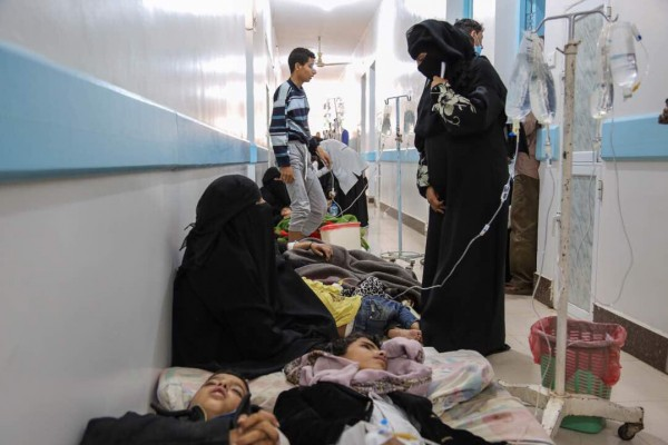 """الصحة العالمية: الكوليرا في اليمن """"لم يسبق لها مثيل"""""""