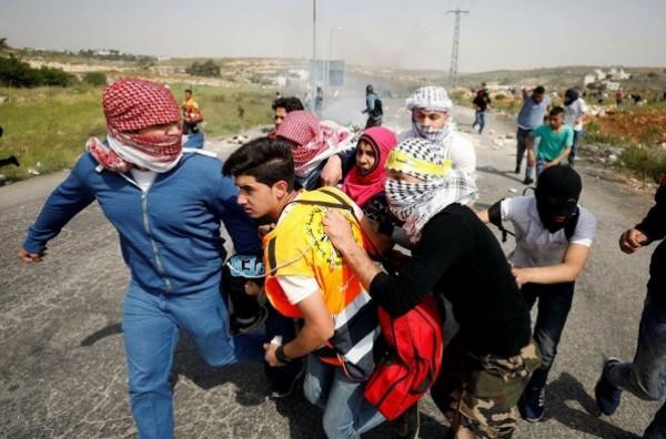 الهلال الأحمر تصدر توضيحاً حول طبيعة الإصابات في الضفة وغزة