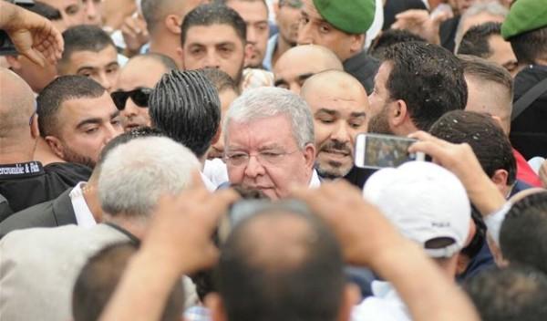 المشنوق: الانتخابات قبل نهاية السنة