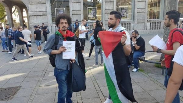 بالفيديو:اجئون فلسطينيون في ألمانيا: نتحرك لإثبات هويّتنا المهددة