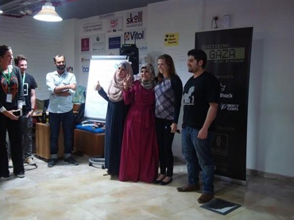 """غزة تشارك في المسابقة العالمية """"انجل هاك """" للبرمجيات"""
