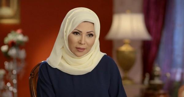 """خديجة بن قنة تهاجم""""غرابيب سود"""": يُصوّر المسلمات لاهثات وراء الجنس!"""
