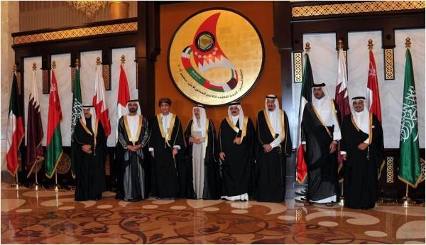 السعودية والبحرين والإمارات ومصر واليمن وليبيا يقاطعون قطر