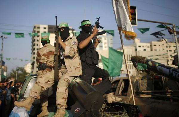 الحرب الرابعة أم المصالحة... خيارات حماس للتخفيف من أزمات غزة