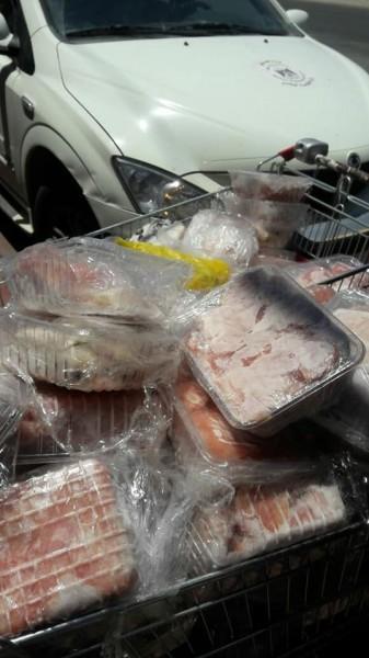 إتلاف200 كغم دجاج ومواد تموينية منتهية الصلاحية في أريحا