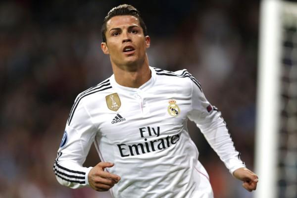"""""""رونالدو"""" يضع شرطاً للبقاء في ريال مدريد و4أندية تنتظر إشارته"""
