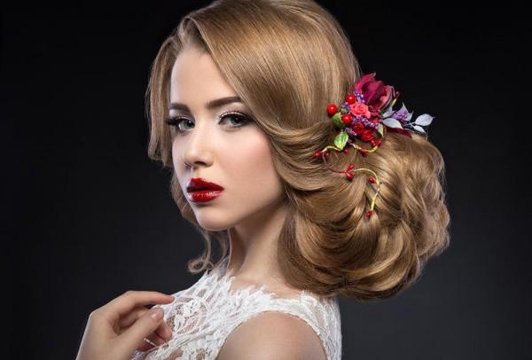 استوحي تسريحة شعرك ليلة زفافك من هذه الصور!