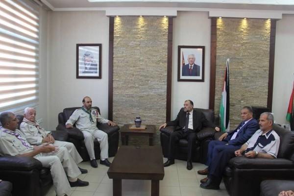 مفوضية كشافة الخليل تهنئ مجلس بلدية الخليل بفوزه بالانتخابات المحلية
