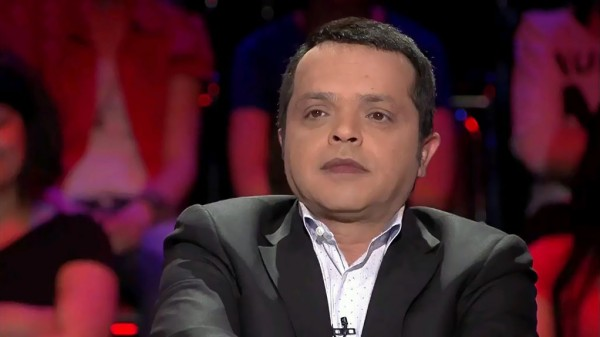 "محمد هنيدي يهاجم سلين ديون:""قماصة""!"