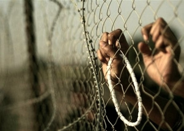 سبعة أسرى يدخلون أعوامًا جديدة داخل سجون الاحتلال