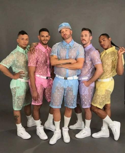 أغرب موضة ملابس لعام 2017