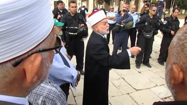 مفتي القدس يدعو للتحرك لحماية القدس والأقصى