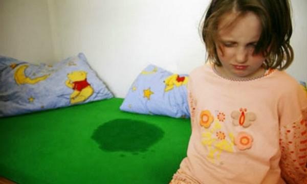 التبول اللاإرادي عند الاطفال اسبابه و الطرق الصحيحة للعلاج