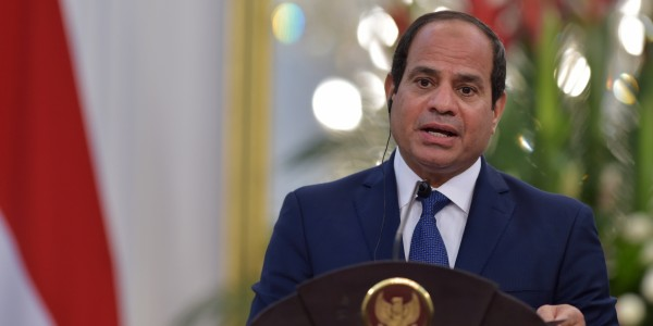 السيسي: يجب تعزيز الجهد الدولي للتوصل لتسويات سياسية لأزمات المنطقة