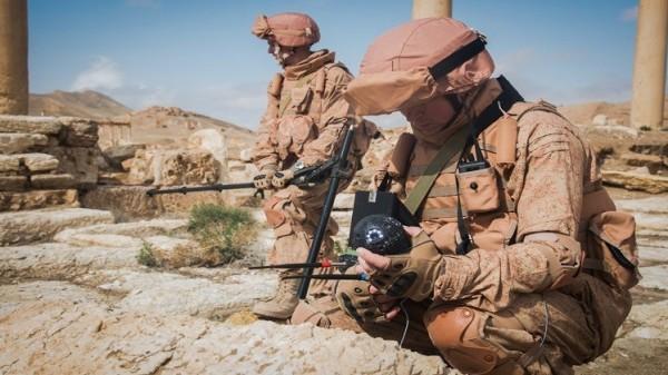 الجيش السوري: الانتهاء من تطهير 11 بلدة باللاذقية من الألغام