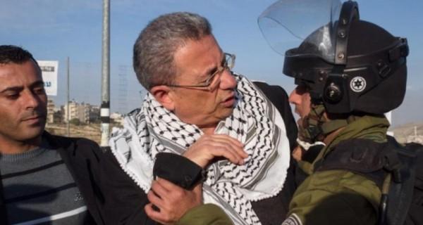 إصابة مصطفى البرغوثي برصاصة في الرأس خلال مواجهات القدس