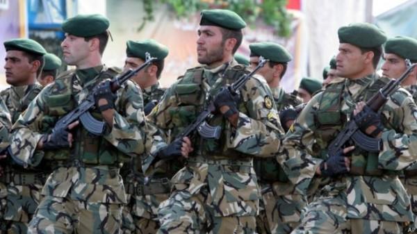 مصرع 3 جنود إيرانيين في إطلاق نار غرب طهران