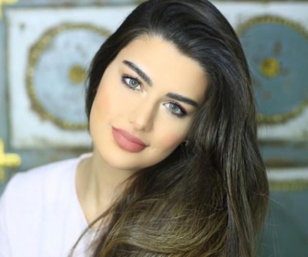 شاهد الحسناء التي قالت أنها الخليجية الوحيدة في أجمل 100وجه عالمياً