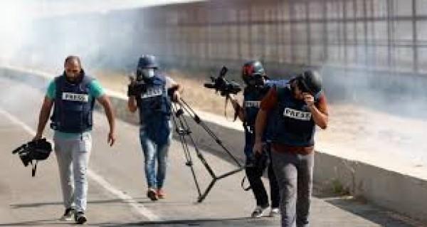 نقابة الصحفيين تدعو للجنة تحقيق دولية في استهداف الصحفيين بالقدس