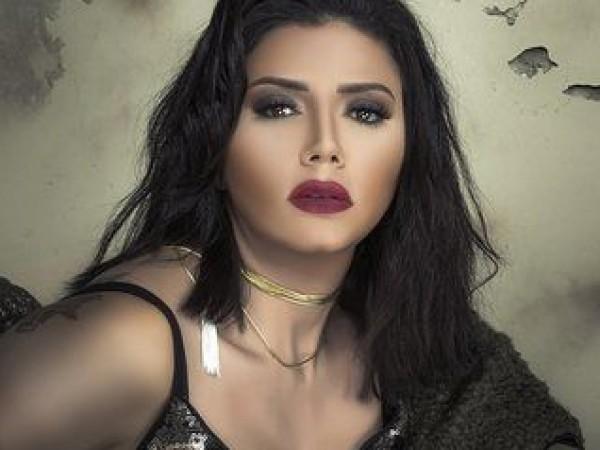 شورت رانيا يوسف يستفز الجمهور