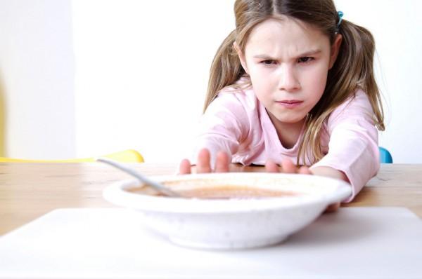 فقدان الشهية عند الطفل طبيعي أم خطير؟