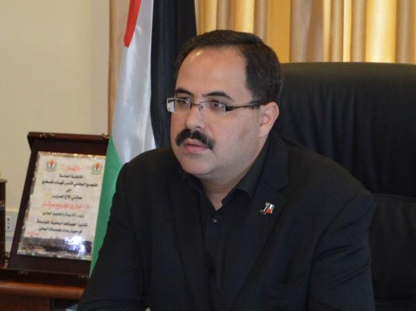 الوزير صيدم: 48 معلماً يغادرون للكويت وبدأنا توزيع المنهاج الجديد بغزة