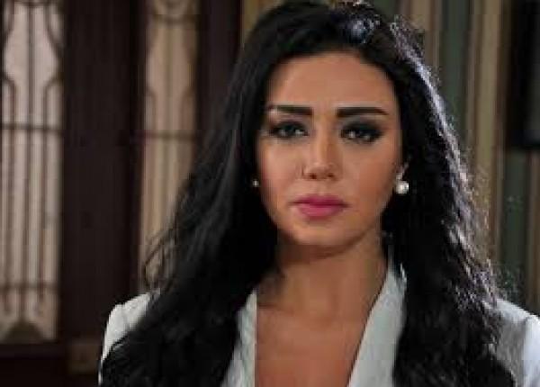 """""""صندوق الدنيا""""...الفنانة رانيا يوسف تستعد لتصوير فيلمها وسط تكتم شديد"""
