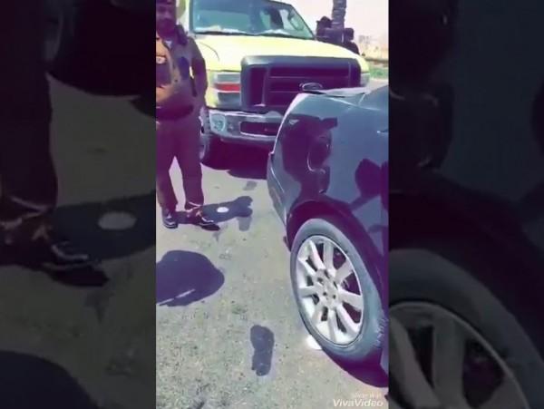 فايز المالكي يوثق مقتل سائق ممسكاً بهاتفه الجوال