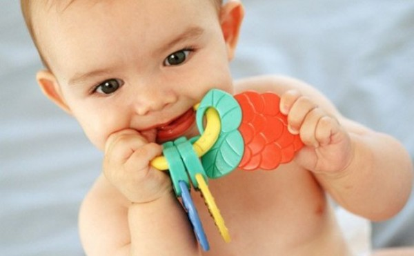 فيديو: سبب تأخر ظهور الأسنان عند الأطفال