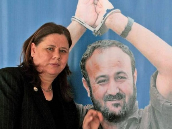 فدوى البرغوثي: الاحتلال أبلغني بأني ممنوعة من زيارة مروان حتى عام 2019