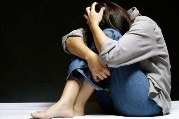بعد 40 عاماً .. كشفت سرًا مؤلماً على فراش الموت حول اغتصابها!