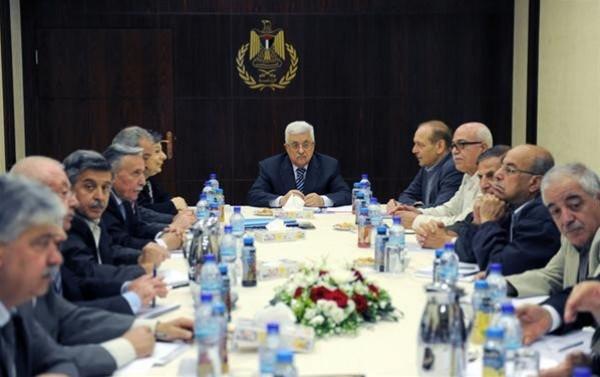 الرئيس يعلن عن توجه وفد للقاهرة لاستجلاء الأفكار المطروحة لإنهاء الانقسام