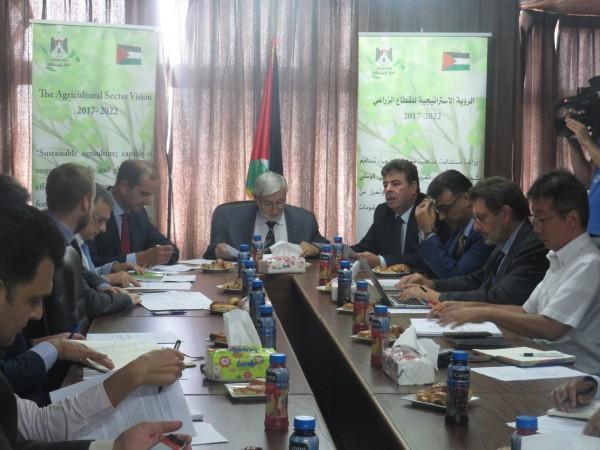 وزارة الزراعة تعقد اجتماعاً لمجموعة عمل القطاع الزراعي
