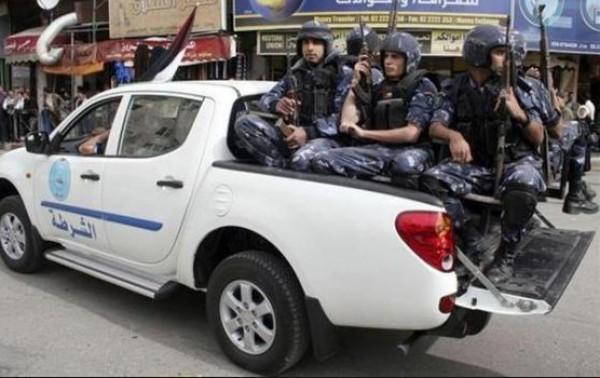 الشرطة تضبط مركبة بداخلها 25 راكبًا في جنين
