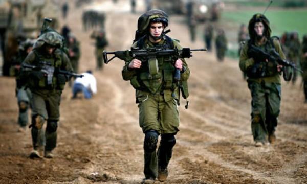 بعد عزوفهم عن التجنيد.. جيش الاحتلال يغري جنوده المشاركين بالحرب بامتيازات جديدة