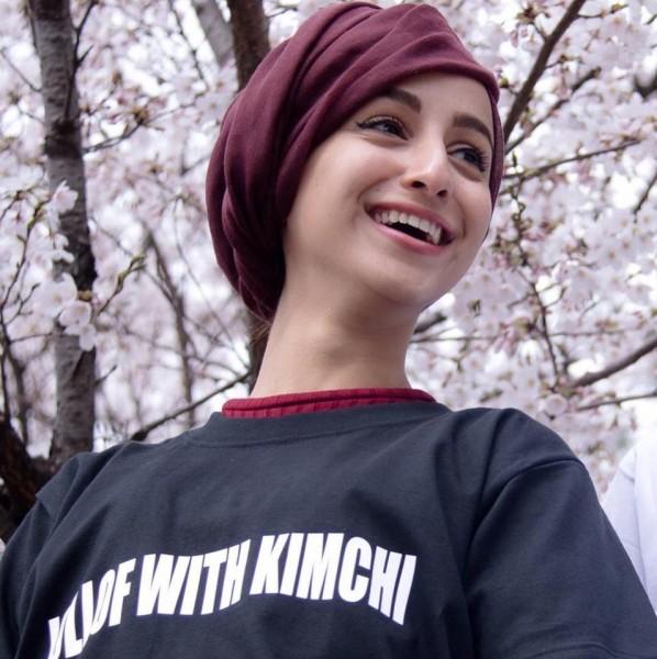 تعرف على الحسناء اليمنية التي أشعلت مواقع التواصل في كوريا!