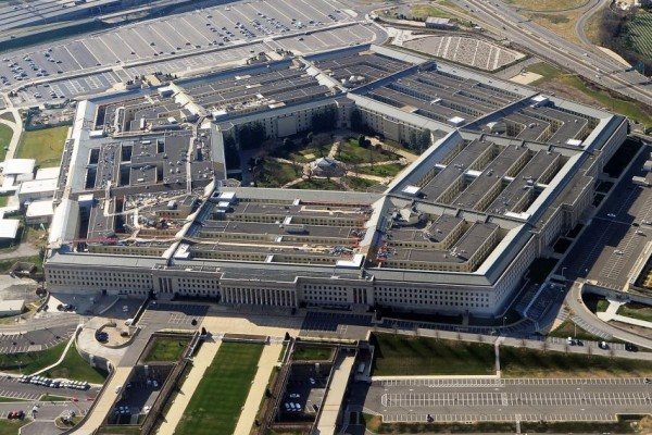 الدفاع الأمريكية ترد على تقارير تسليح واشنطن للمعارضة السورية