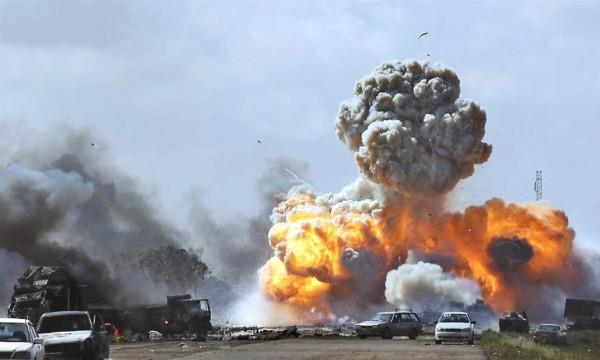 """قتلى وجرحى بينهم """"إيرانيون"""" في انفجار جنوب العراق"""