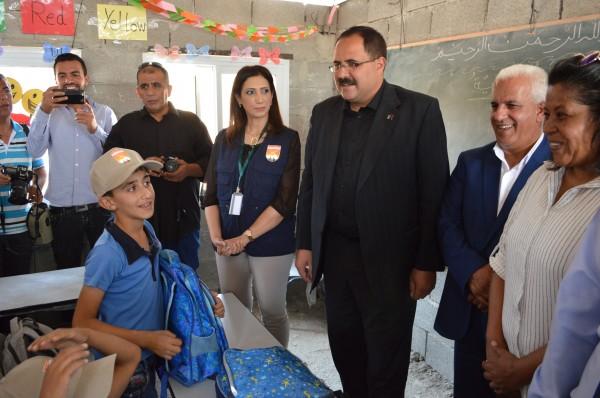 الوزير صيدم: مدرسة جب الذيب شكلت نموذجاً مشرفاً للتحدي والصمود