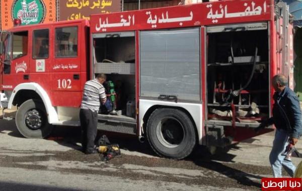 إطفائية بلدية الخليل تسيطر على حريقين