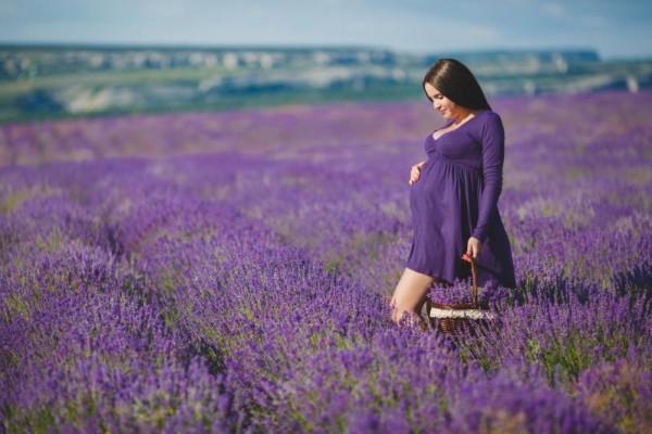 10 أمور يجب اتباعها عند صبغ الشعر خلال فترة الحمل