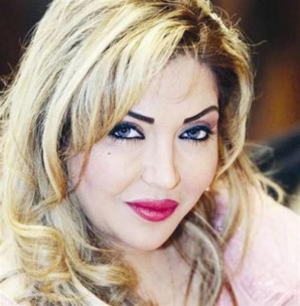 """تصريح صادم من """"مونيا"""" حول زواجها من شخصيتين سياسيتين في الكويت!"""