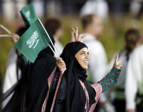 للمرة الأولى.. السماح للسيدات في السعودية بدخول الملاعب