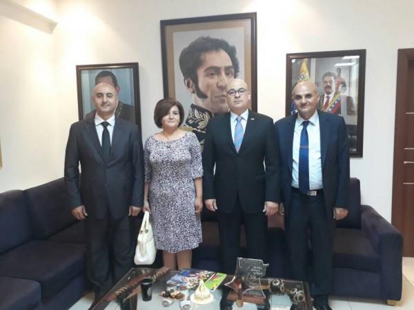 """وفد من """"القومي"""" يلتقي سفير فنزويلا في دمشق"""