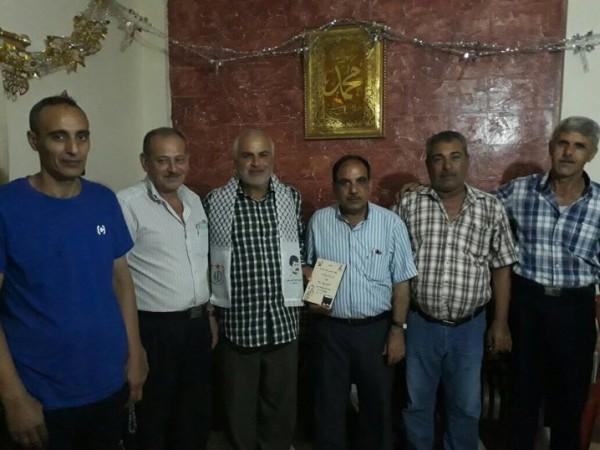 التحرير الفلسطينية تزور الشيخ بسام شقير والحجاج لتهنئتهم بأداء فريضة الحج