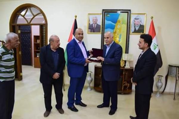 السفير عقل يفوز باستفتاء كافضل سفير عربي