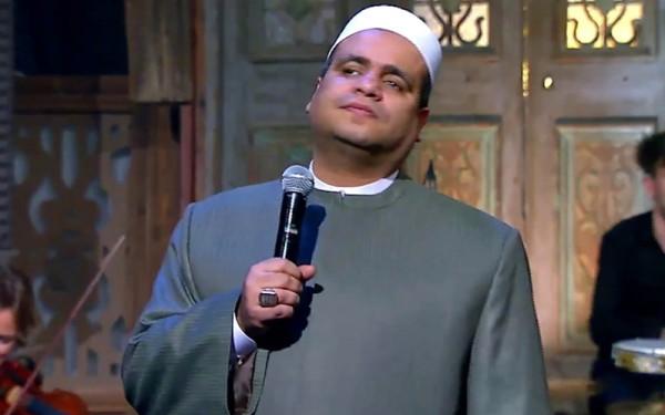 قرار صادم من وزارة الأوقاف المصرية بحق الأزهري الذي غنى لـ أم كلثوم