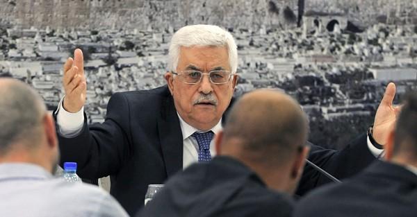 """الرئيس: ما أعلنته حماس من حل اللجنة الإدارية """"جاء ملبياً لمطالبنا"""""""